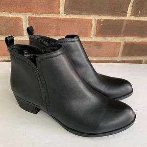 Me too black low heel ankle booties faux leather